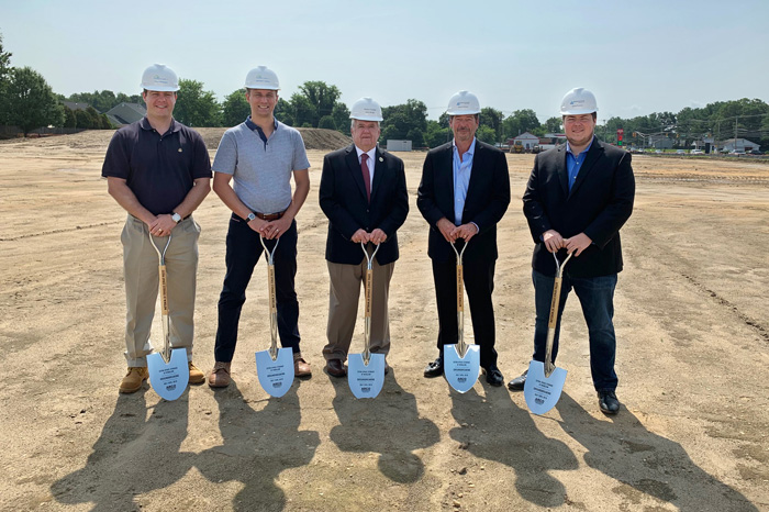 extra-space-storage-at-winslow-groundbreaking